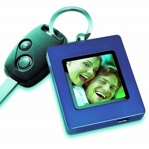 The Sharper Image USB 2.0 Digital Photo Key-chain